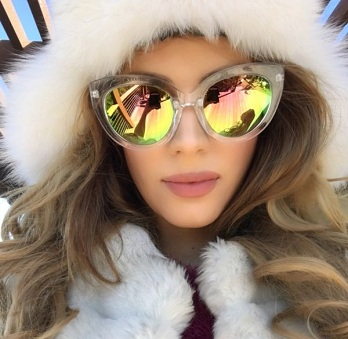 Sizzling Oversized Mirrored Sunglasses for Women