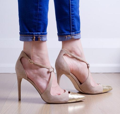 The Pencil Heel Women's Big Sandal