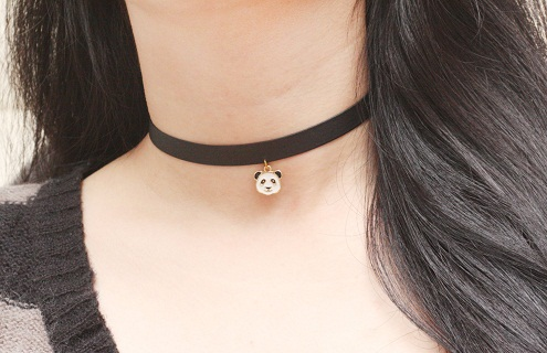 Animal pendant chokers for girls