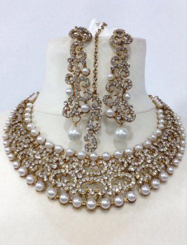 Bollywood costume jewelry choker set