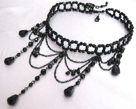 Choker bead necklace