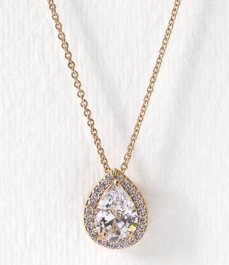 Crystal Pendant Type Necklace