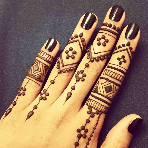Embellished Finger Designs