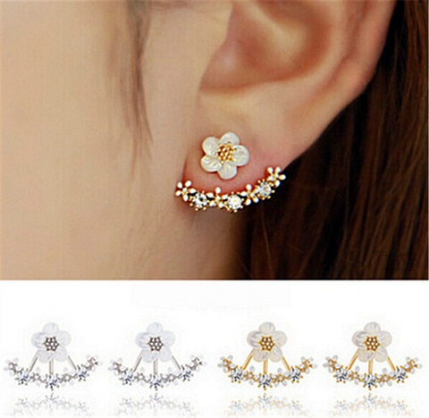 Exclusive small floral veil earrings