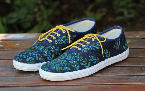Fancy Walking Shoes for Women