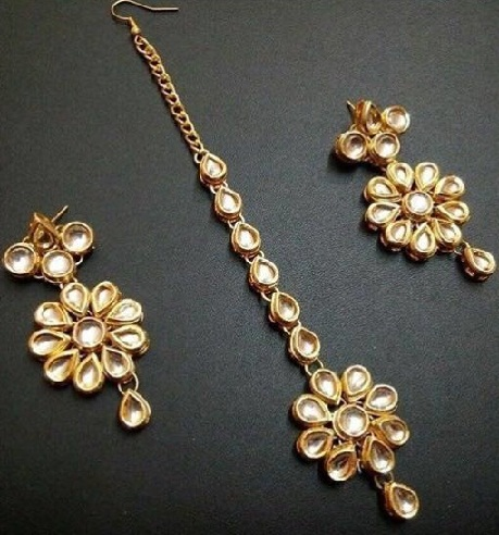 Floral Maang Tikka and Earring Sets