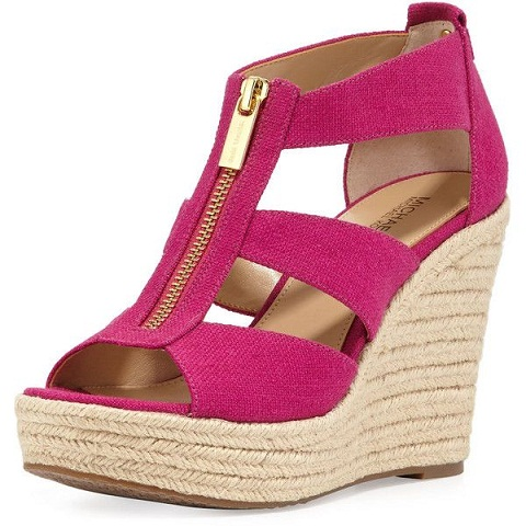 Front zip wedges