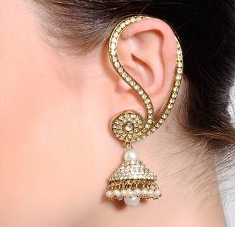 Gold Diamond Studded Bridal Earrings Jhumkha