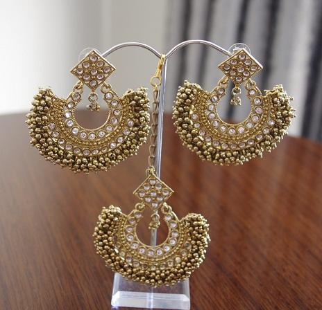 Kundan Maang Tikka and Earring Sets