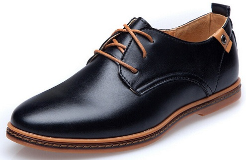 Men shoes with the sleek and sharp look
