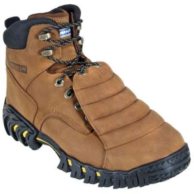 Metatarsal footwear for men