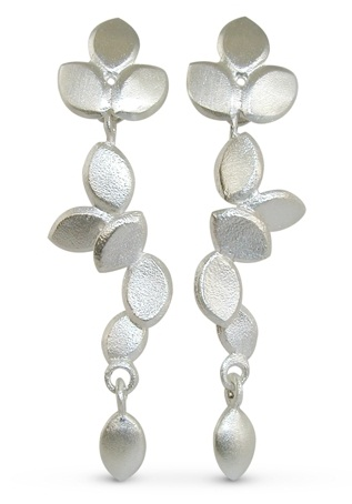 Molded leaf drop earring