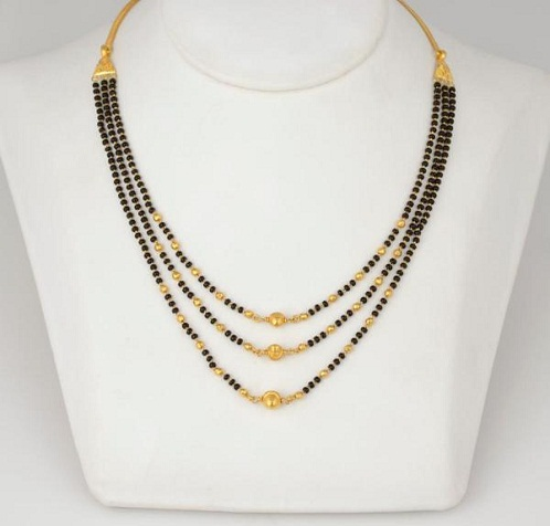 Multiple chained long mangalsutra