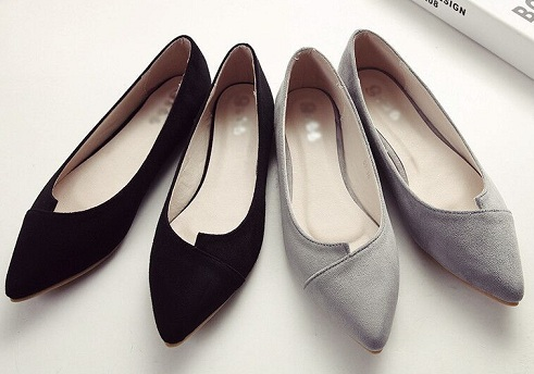 Pointed flats for women