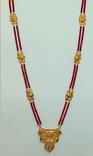 Red beads mangalsutra