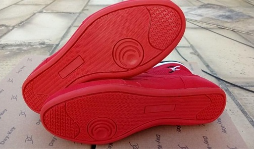 Rubber outsole wrestling shoes