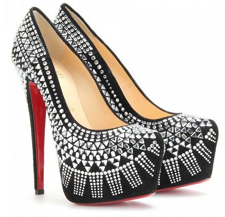 The glass studdedwomen heels
