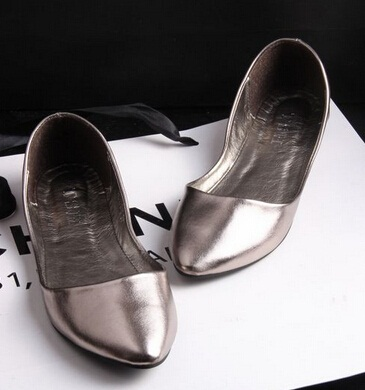 The shiny wearwomen shoes