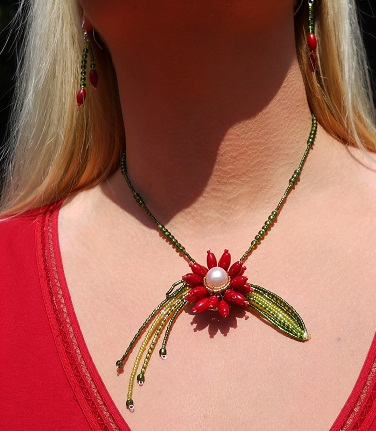 Tiger Lily Bead Necklace