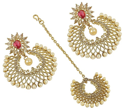 Traditional Maang Tikka and Earring Sets