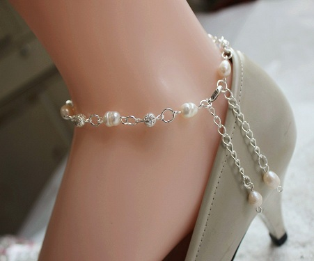Trendy Freshwater Oval Pearl Anklets
