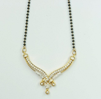 White stone lightweight gold mangalsutra