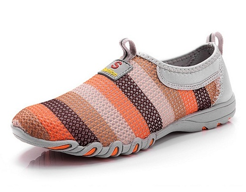 Women's Walking Shoe with Colourful Stripes