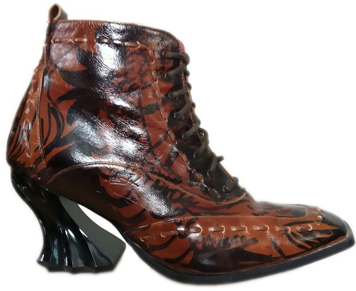 Women boots with the gothic look