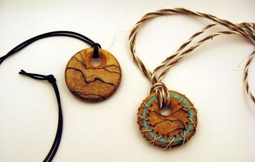 Wood custom pendant