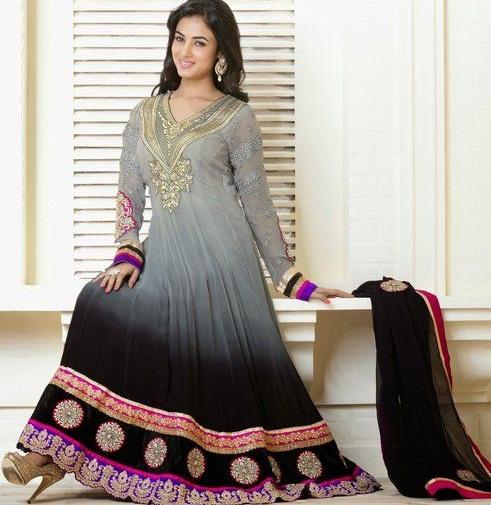 Zari Type Grey Salwar Suit3