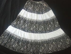 Black and white long skirt