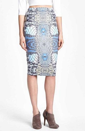 Blue pattern tube skirt