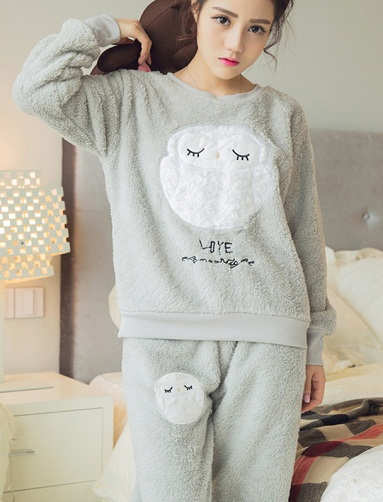 57a89c703 This is one of the most wanted nighties around because of its ease of  comfort. These fleece pajama style nightwear are used by all since they are  easy to ...