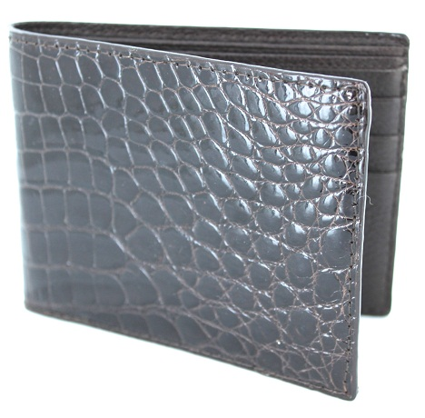 0e5af1c6f304 9 Stylish and Trendy Alligator Wallets for Mens | Styles At Life