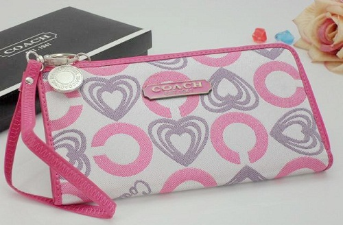 Heart shaped Coach Patterned with white-Pink leat