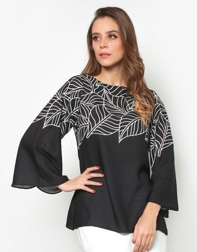 Leaf Print Flare Sleeve Top