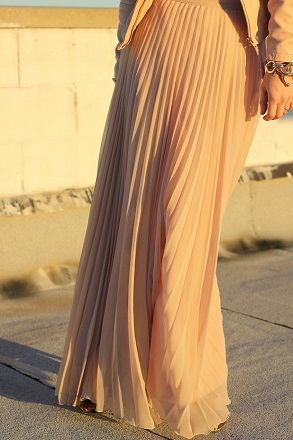 Pleated full skirts