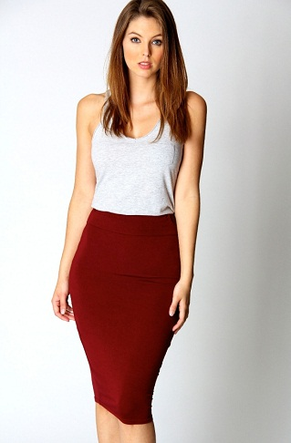 Sexy outfit style in tube skirt