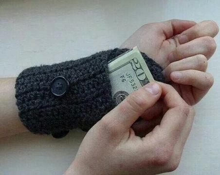 Unisex Crochet Wallet