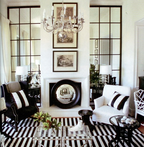 Black and White Style for Small Hall