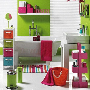 Colourful displays in bathroom