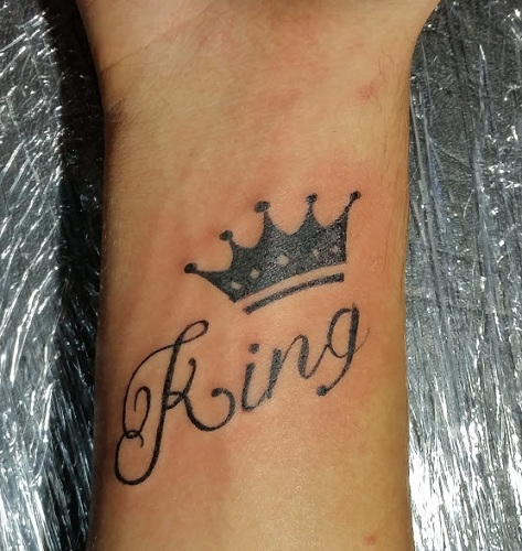 09f139f8d 15 Stylish and Best King Tattoo Designs with Pictures | Styles At Life