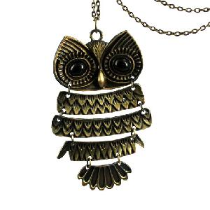 Fashionable Owl Locket
