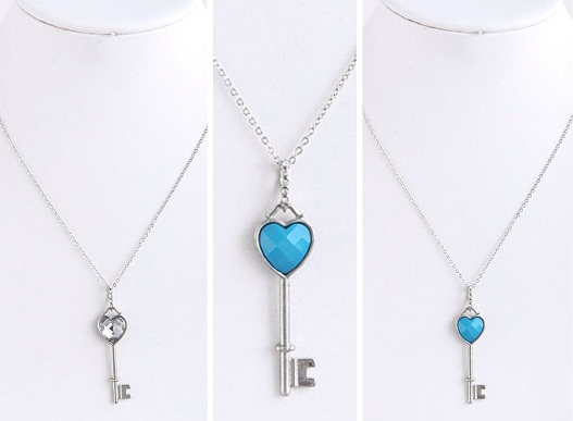 Heart Key Style Locket