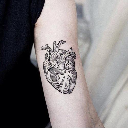 15 Extraordinary Line Work Tattoos