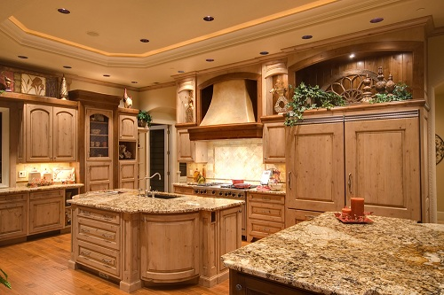 Huge Kitchen with Wood Brown Furnishing