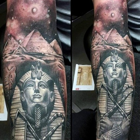 King tut with Egypt Pyramids Tattoo design