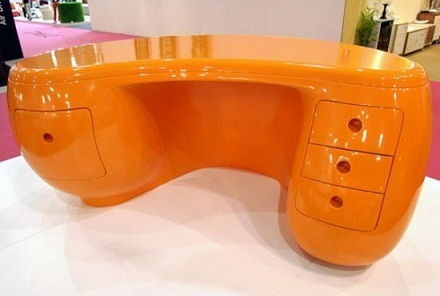 Plastic Office Table