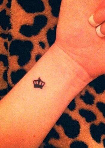 Simple King Tattoo