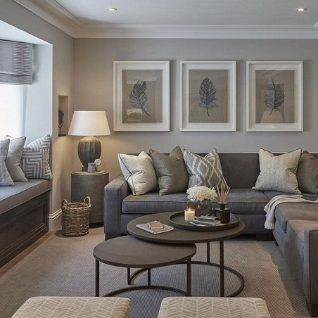 Simple Style Living Room Decor